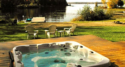 Enjoy fireside feasts during the training retreat at this lovely Muskoka Cottage (Trenanthia Cottage)